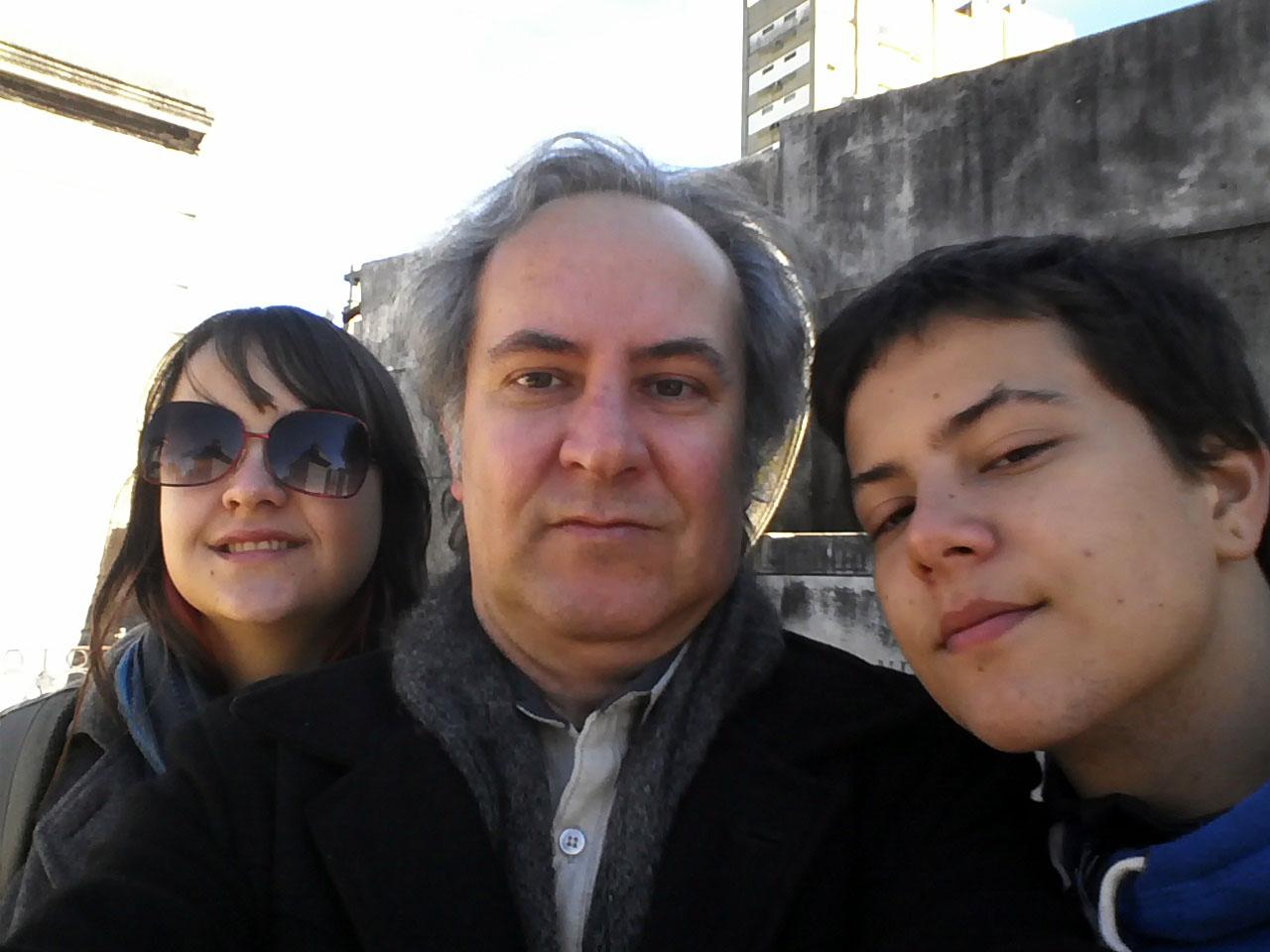 Com os filhos Naiara e Yan, Buenos Aires (2013)