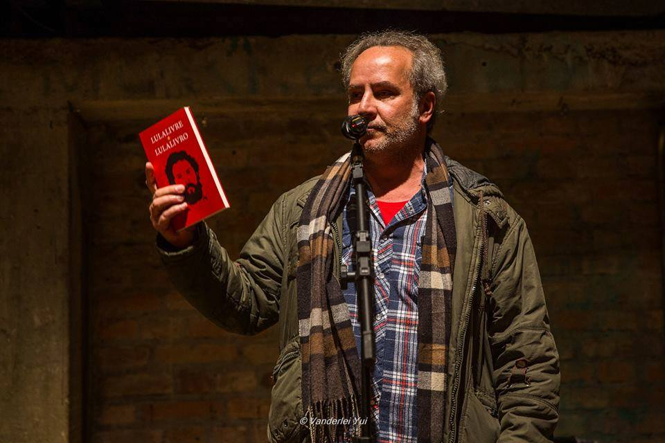Lançamento da antologia Lula Livre Lula Livro, Teatro Oficina, São Paulo (2018).